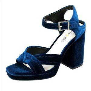 Seven dials Poliana blue velvet chuncky heels Sz 9